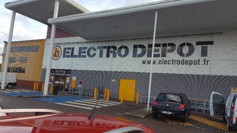Est-ce que Electro Dépôt prend les chèques ?