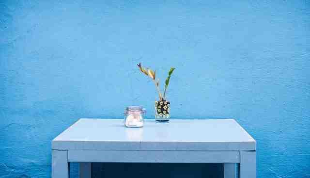 Quel mur peindre en couleur dans une chambre ?